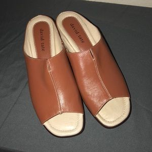 Women's open toe shoes